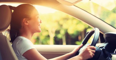 5 วิธีขับขี่ปลอดภัยช่วงวันหยุดยาววววว